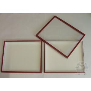 http://www.entosphinx.cz/1046-3077-thickbox/67-boite-entomologique-30x40x54-cm-sans-tapissage-de-fond-pour-systeme-unit-classique-couvercle-verre-rouge.jpg