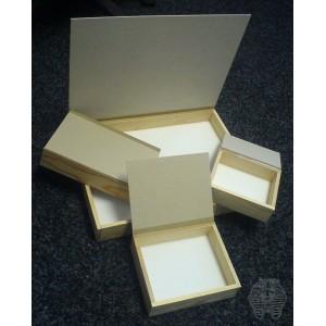 http://www.entosphinx.cz/360-841-thickbox/transportni-krabice-drevena-30x40.jpg