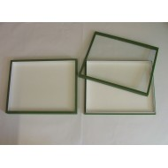 05.24 - Boxes with glass lid 18x23x5,4 cm - green