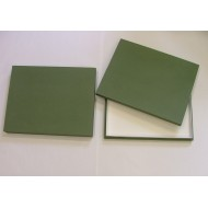 05.90 - Entomological box  with full lid 31,5x38x5,4 cm - black for PLASTIC UNIT SYSTEM - green
