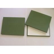 05.90 - Entomologická krabice 31,5x38x6 cm, polepená plátnem bez výplně dna - PLNÉ VÍKO pro UNIT SYSTÉM - PLAST - zelená