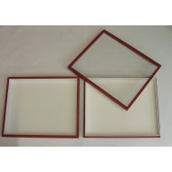 05.24 - Boxes with glass lid 18x23x5,4 cm - red