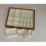 06.28 - Entomologická krabice celodřevěná, olše mořená (mahagon)  40x50x6 cm - bez výplně dna UNIT SYSTÉM - KLASIK